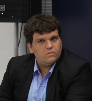 Secretario Fabio Bastos