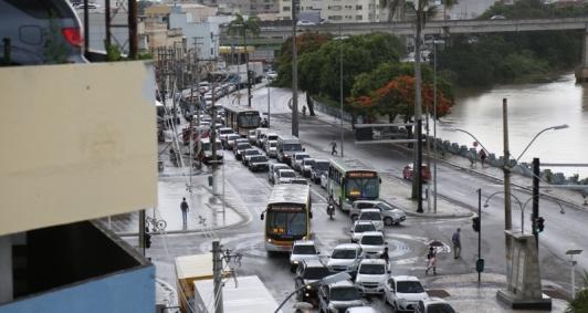 Protesto de motorista de lotadas no Centro