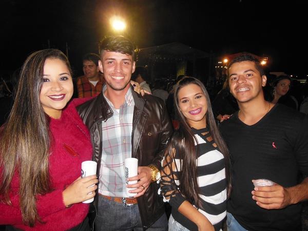 Polyana Santos, Carlos Bruno, Regiany Almeida e Guilherme Nogueira.