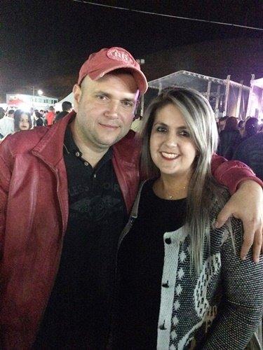 Júnior Azevedo e Camila Zózimo.