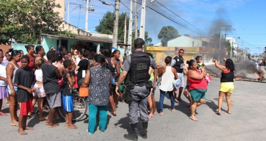 Protesto de moradores da Penha