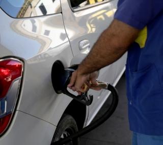 Gasolina tem aumento de 10%