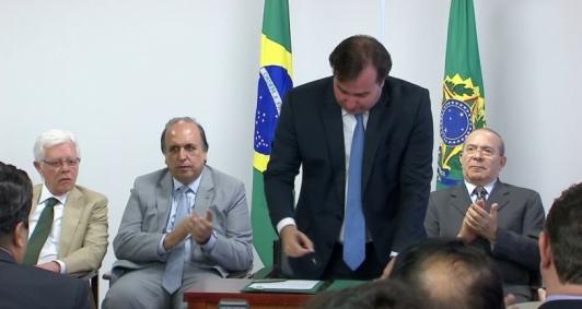 Acordo homologado no Palácio do Planalto
