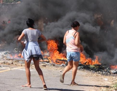 Protesto de moradores de Quilombo