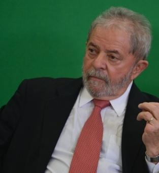 Lula lidera Bolsaro