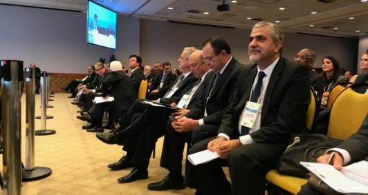 Secretário Christino Áureo acompanhou de perto a rodada de licitação dos campos produtores de petróleo