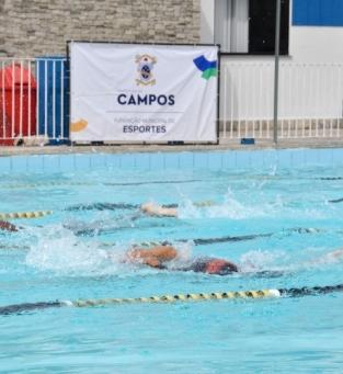 Circuito de natação em Campos
