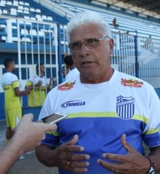 Treinador Paulo Henrique