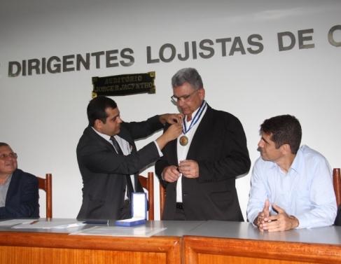Presidente da Carjopa, João Waked recebeu medalha