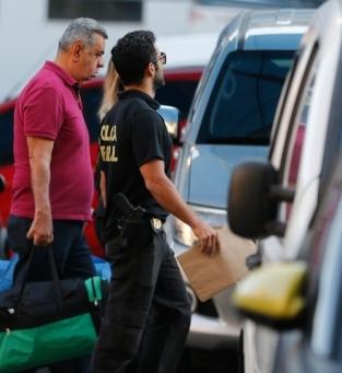 Rio de Janeiro - Os deputados estaduais Jorge Picciani (na foto), Paulo Melo e Edson Albertassi, todos do PMDB, se entregam à Polícia Federal (PF) após terem prisão decretada (Fernando Frazão/Agência Brasil)