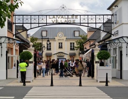 La Valleé Village