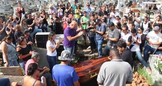 Rodolpho foi sepultado no cemitério do Caju