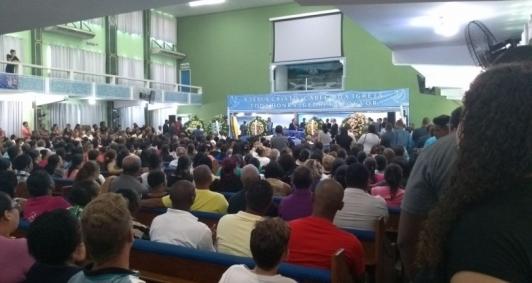Velório aconteceu na Assembleia de Deus