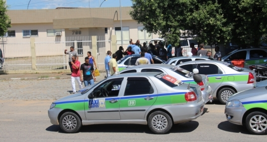 Protesto por morte de taxista