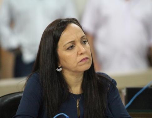 Josiane Morumbi, vereadora da oposição, vê projeto de Marcão como compensação ao fim de programas sociais, entre eles o Cheque Cidadão