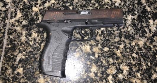 Arma teria sido utilizada em homicídio