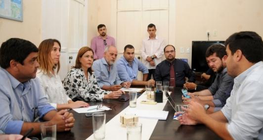 Reunião da Ompetro em Quissamã