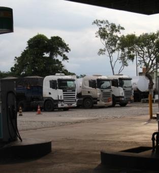 Campos tem posto com gasolina a R$ 5