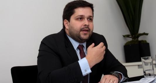 Procurador-geral José Paes Neto