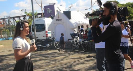 Telejornal ao vivo na Praça Santo Antônio