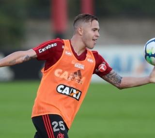 Piris deve estrear no Fla contra o Cruzeiro