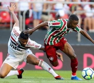 Fluminense empatou contra o São Paulo em partida neste domingo (2)