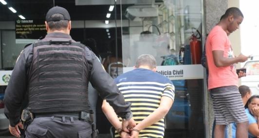 Suspeitos foram levados à 134ª DP