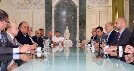 Reunião de transição aconteceu no Palácio Guanabara