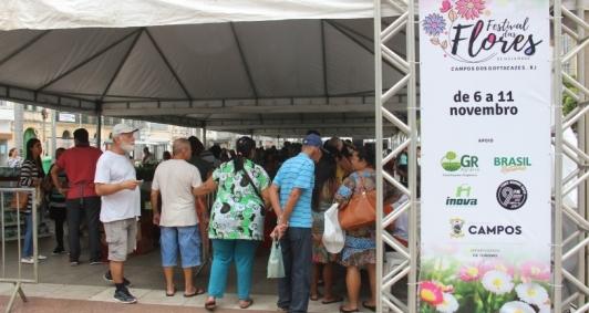 Festival de Flores na praça S. Salvador