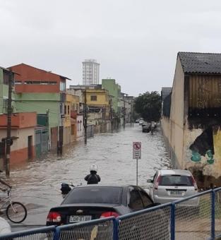 Alagamentos em Macaé (Foto: Barra News)