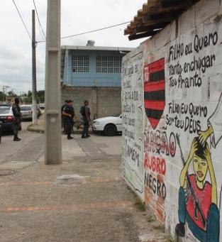 Buscas por corpos na Chatuba