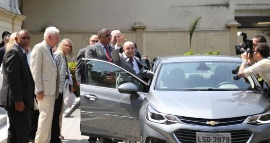 Dornelles deixa o Guanabara após transmissão de cargo a Witzel