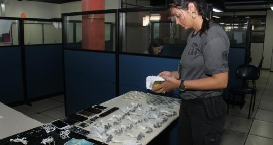 Material apreendido na Operação Vila Esperança