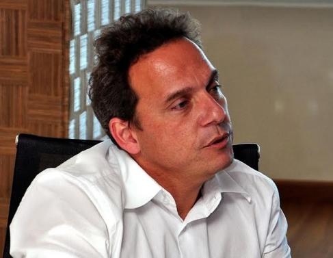Dr. Aluizio