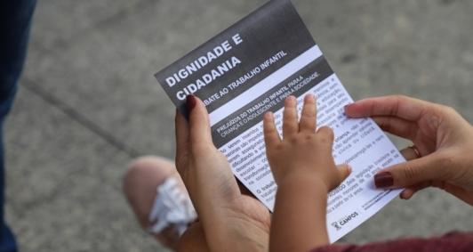 Ação de conscientização pela 6ª Semana de Combate ao Trabalho Infantil.