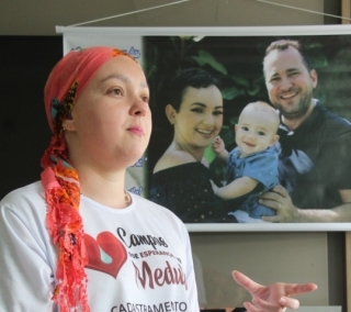 Paciente Priscilla Pixiline, de 34 anos, aguarda doador de medula