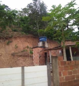 Defesa Civil interdita casas que ofereciam riscos a moradores em SFI