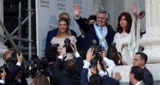 Alberto Fernández assume o governo na Argentina