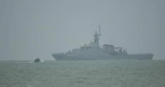 Marinha faz buscas por menina