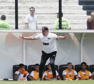 Abrel Braga não gostou do desempenho cruzmaltino
