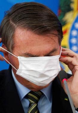 Bolsonaro dobra a aposta na retórica anti-isolamento