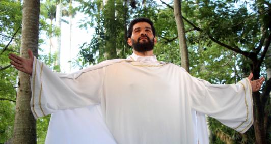 Otaviano Marthins estreou no papel de Jesus Cristo em 2019
