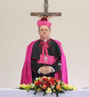 Dom Rifan  Bispo da Administração Apostólica Pessoal São João Maria Vianney