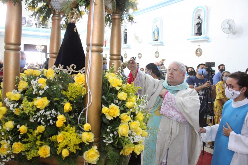 Cerimônia de consagração de SJB à Nossa Senhora Aparecida