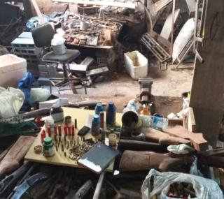 Oficina clandestina de armamento (Foto: Divulgação)