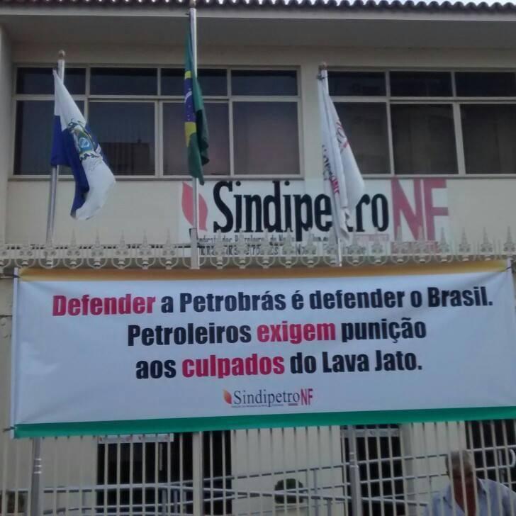 sede do Sindipetro NF foi local de concentração para os manifestantes de Campos. Foto: Reprodução/Facebook