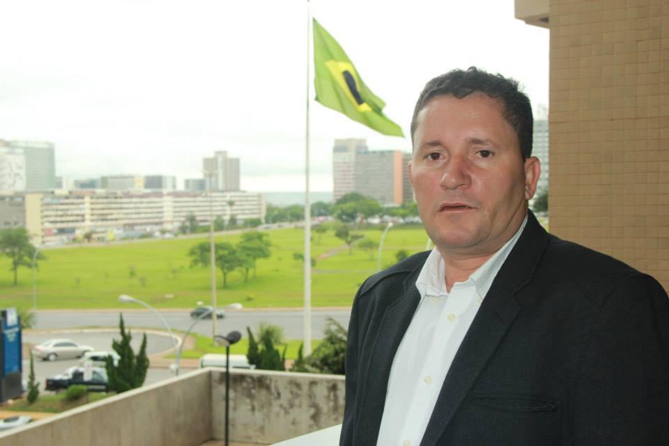 Em 2013, o prefeito Neco também esteve em Brasília. Foto: Paulo Pinheiro