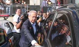 Ex-ministro foi condenado no Mensalão e é investigado no Petrolão