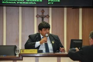 Requerimento do presidente da Câmara, Aluizio Siqueira, foi aprovado na sessão desta terça.
