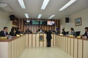 Sessão desta quarta aprovou requerimentos voltados para o quinto distrito, entre outros.